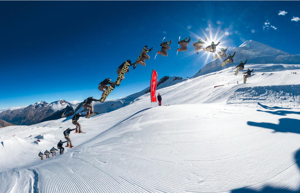 Less spin= more fun. fs 3 tuck knee in Saas Fee. Photo: Markus Fischer