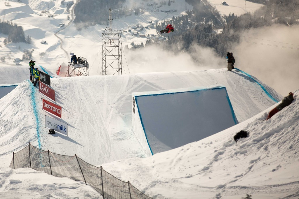 Jamie Anderson spinning towards the podium. Photo: Matt McHattie