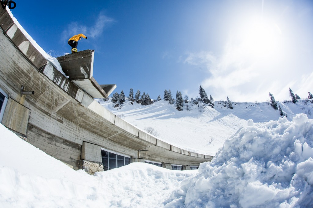 Cheryl boardslide bombdrop into the Arlberg Photo: Vernon Deck